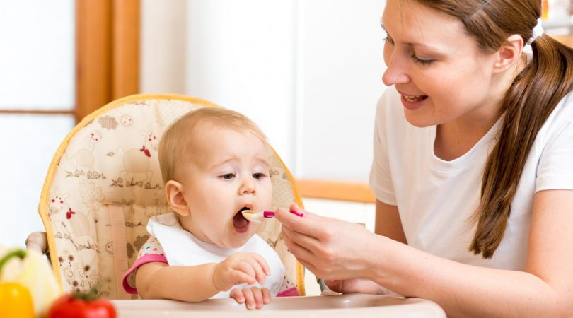 Can give cerelac and cow milk to baby?
